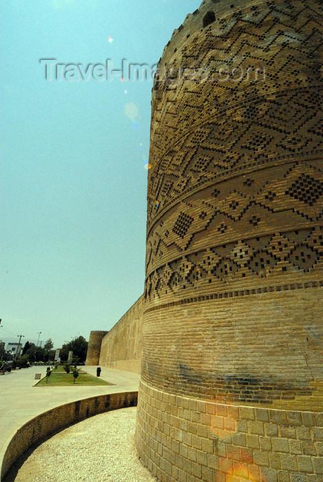 iran256: Iran - Shiraz: tower and ramparts - Karim Khan Zand citadel - photo by M.Torres - (c) Travel-Images.com - Stock Photography agency - Image Bank