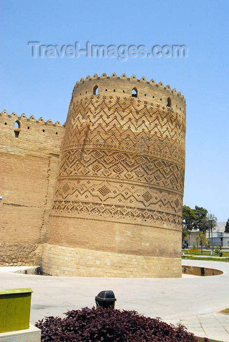 iran258: Iran - Shiraz: leaning tower - Karim Khan Zand citadel - photo by M.Torres - (c) Travel-Images.com - Stock Photography agency - Image Bank