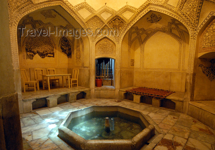 iran262: Iran - Shiraz: tea house, in the former baths - Karim Khan Zand citadel - photo by M.Torres - (c) Travel-Images.com - Stock Photography agency - Image Bank