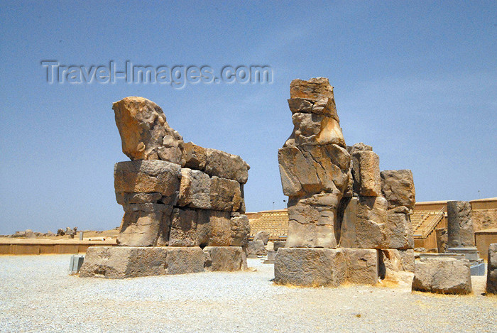 iran283: Iran - Persepolis: lamassus - unfinished gate started by king Artaxerx - photo by M.Torres - (c) Travel-Images.com - Stock Photography agency - Image Bank