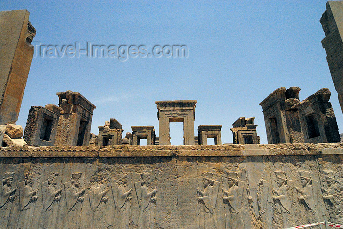 iran299: Iran - Persepolis: palace of king Darius I the Great - southern façade - photo by M.Torres - (c) Travel-Images.com - Stock Photography agency - Image Bank
