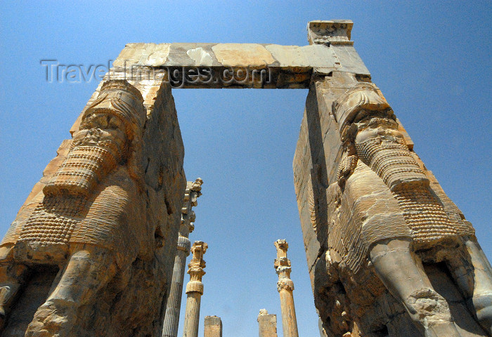 iran307: Iran - Persepolis: Lamassus, gate of all nations - Xerxes' gate - photo by M.Torres - (c) Travel-Images.com - Stock Photography agency - Image Bank