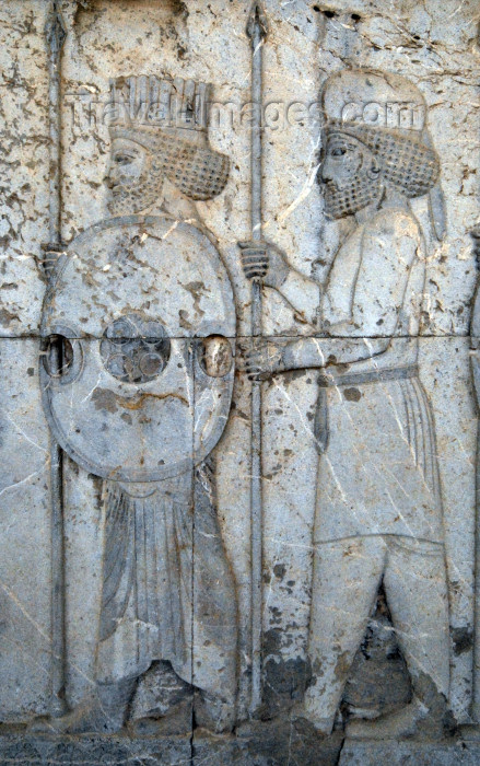 iran31: Iran - Persepolis: Apadana - Eastern stairs - central wall - Mede and Persian soldiers - relief - photo by M.Torres - (c) Travel-Images.com - Stock Photography agency - Image Bank