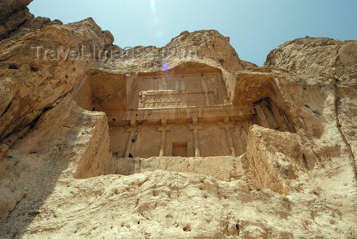 iran322: Iran - Naqsh-e Rustam: tomb attributed to Artaxerxes I Makrocheir - from below - photo by M.Torres - (c) Travel-Images.com - Stock Photography agency - Image Bank