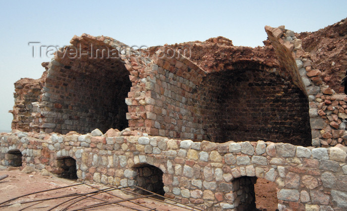 iran356: Iran - Hormuz island: depot - Portuguese castle - photo by M.Torres - (c) Travel-Images.com - Stock Photography agency - Image Bank