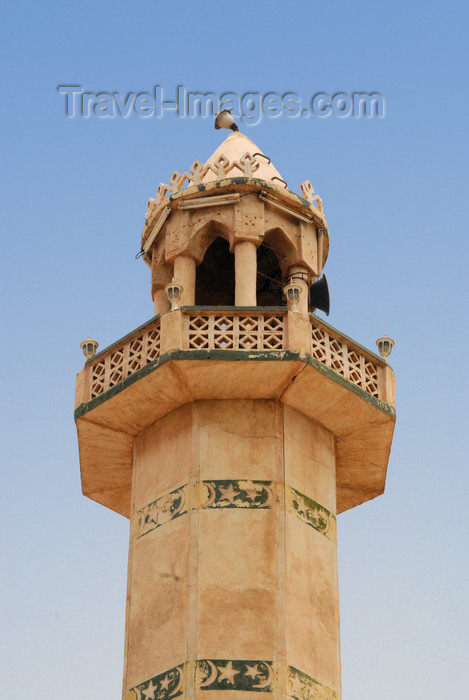 iran369: Iran - Hormuz island: minaret of the main mosque - photo by M.Torres - (c) Travel-Images.com - Stock Photography agency - Image Bank