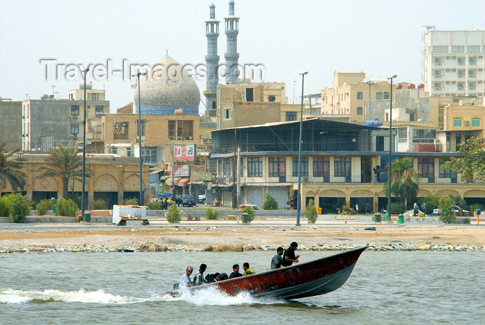 iran375: Iran -  Bandar Abbas / Gameron: a boat leaves for Hormuz island - photo by M.Torres - (c) Travel-Images.com - Stock Photography agency - Image Bank