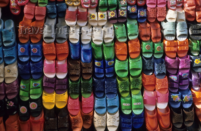 iran406: Iran - Kashan, Isfahan province: plastic slippers in the bazaar - photo by W.Allgower - (c) Travel-Images.com - Stock Photography agency - Image Bank