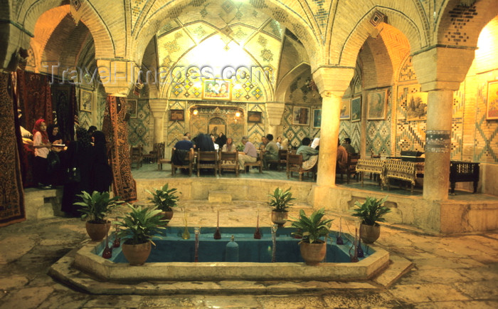 iran413: Iran - Kerman: tea house in the bazaar - former baths - photo by W.Allgower - (c) Travel-Images.com - Stock Photography agency - Image Bank