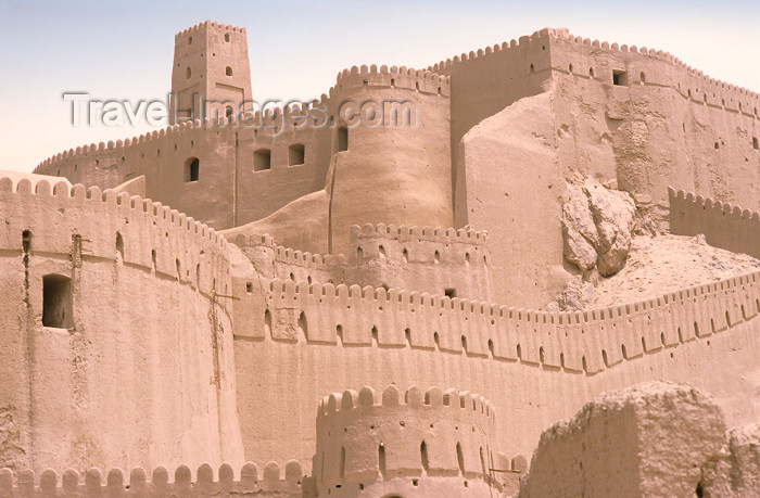iran416: Iran - Bam, Kerman province: Arg-é Bam citadel - founded in Parthian period - crenellated walls - photo by W.Allgower - (c) Travel-Images.com - Stock Photography agency - Image Bank