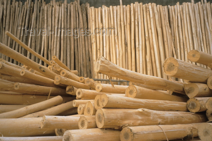 iran454: Iran - Hamadan: timber at a sawmill - photo by W.Allgower - (c) Travel-Images.com - Stock Photography agency - Image Bank