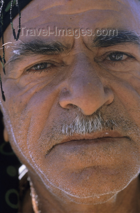 iran456: Iran: face of an Iranian man - photo by W.Allgower - (c) Travel-Images.com - Stock Photography agency - Image Bank