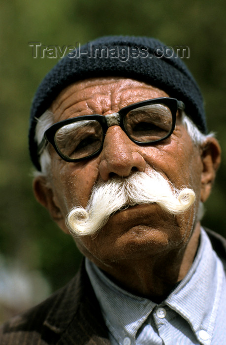 iran466: Iran - Hamadan: man with large moustache - photo by W.Allgower - (c) Travel-Images.com - Stock Photography agency - Image Bank
