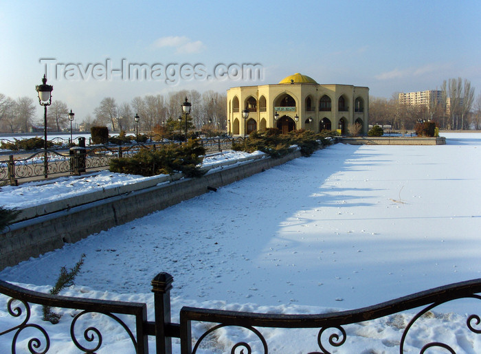iran475: Tabriz - East Azerbaijan, Iran: Shahgoli / El-Goli park in winter - frozen pond and Qadjar summer palace - built in the Agh Ghoyonlo period and developed in the Safavid period - photo by N.Mahmudova - (c) Travel-Images.com - Stock Photography agency - Image Bank