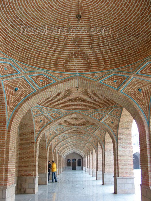 iran491: Tabriz - East Azerbaijan, Iran: arcade - cultural complex behind the Blue Mosque - photo by N.Mahmudova - (c) Travel-Images.com - Stock Photography agency - Image Bank