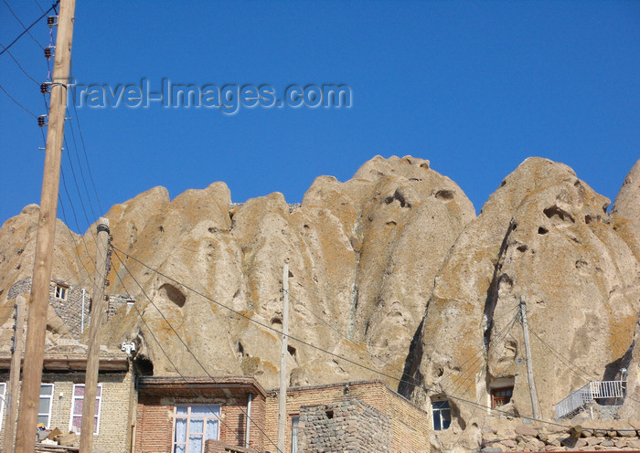 iran506: Kandovan, Osku - East Azerbaijan, Iran: cone shaped hills with troglodyte homes carved out in the eroded rock - photo by N.Mahmudova - (c) Travel-Images.com - Stock Photography agency - Image Bank