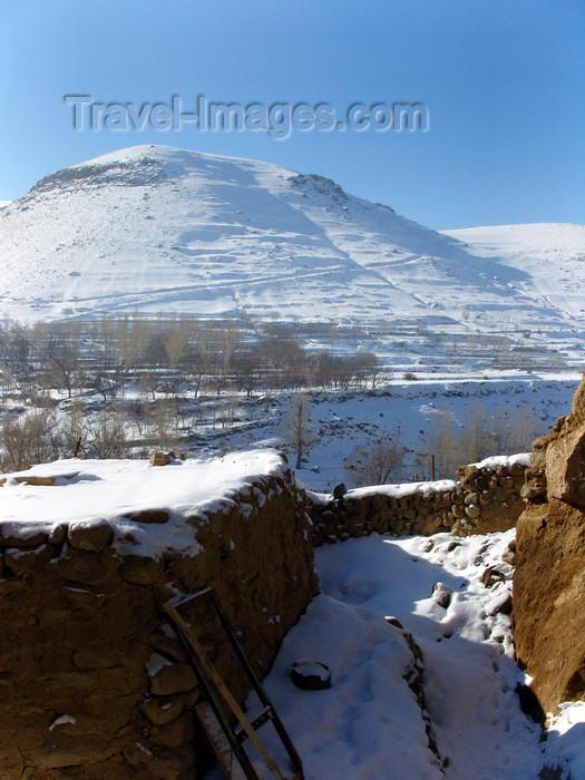 iran512: Kandovan, Osku - East Azerbaijan, Iran: mountain view - winter - photo by N.Mahmudova - (c) Travel-Images.com - Stock Photography agency - Image Bank