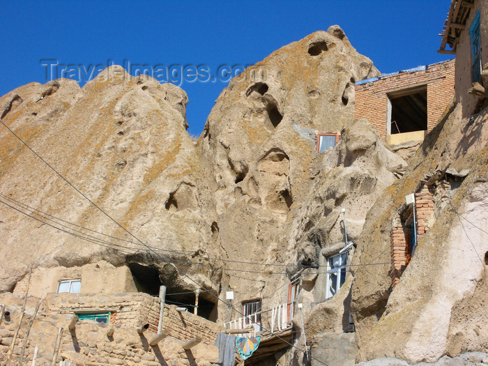 iran513: Kandovan, Osku - East Azerbaijan, Iran: caves make very energy-efficient homes, with an almost stable temperature year round - photo by N.Mahmudova - (c) Travel-Images.com - Stock Photography agency - Image Bank