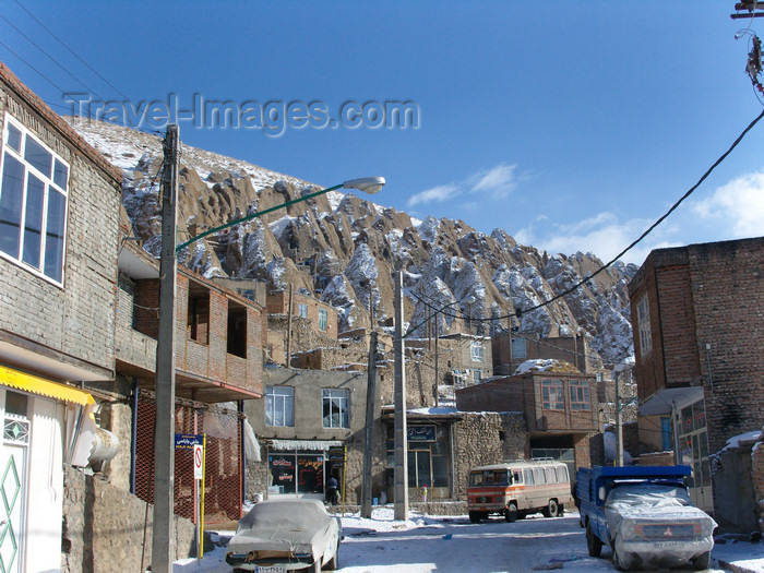 iran520: Kandovan, Osku - East Azerbaijan, Iran: lower and upper town - photo by N.Mahmudova - (c) Travel-Images.com - Stock Photography agency - Image Bank