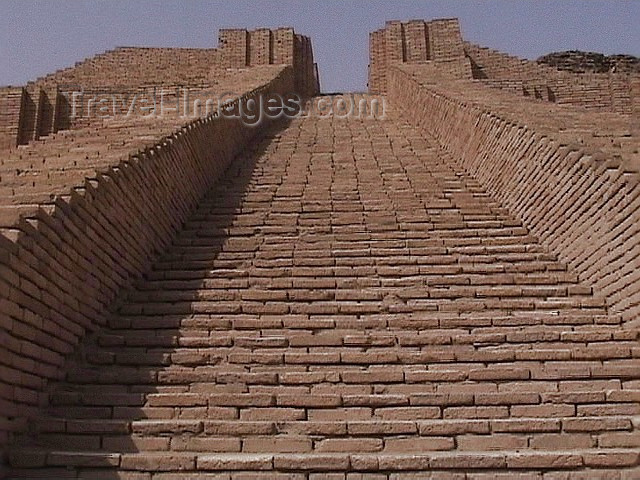 iraq71: Ur of the Chaldees - Dhi Qar / Nasiriya province, Iraq: Sumerian grandeur - the ziggurat's stairway - photo by A.Slobodianik - (c) Travel-Images.com - Stock Photography agency - Image Bank