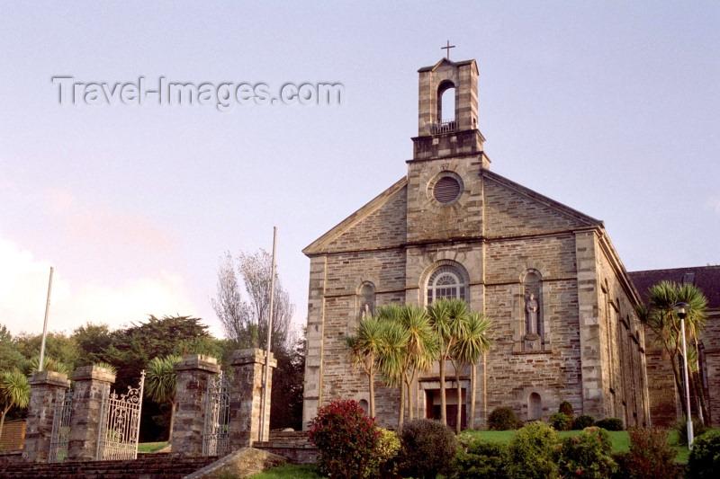 ireland100: Ireland - Bantry (co Cork): church (photo by M.Bergsma) - (c) Travel-Images.com - Stock Photography agency - Image Bank