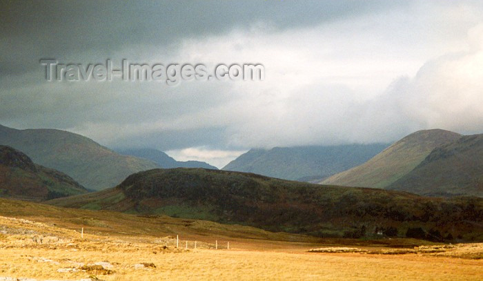 ireland6: Ireland - Shadows and Light (photo by Miguel Torres) - (c) Travel-Images.com - Stock Photography agency - Image Bank