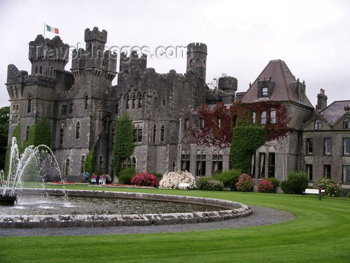ireland72: Ireland - Ashford castle (County Mayo) - photo by R.Wallace - (c) Travel-Images.com - Stock Photography agency - Image Bank