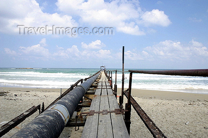 israel102: Israel - Atlit, Haifa district, Haifa rabinate: pipe and the beach - photo by C.Ariav - (c) Travel-Images.com - Stock Photography agency - Image Bank