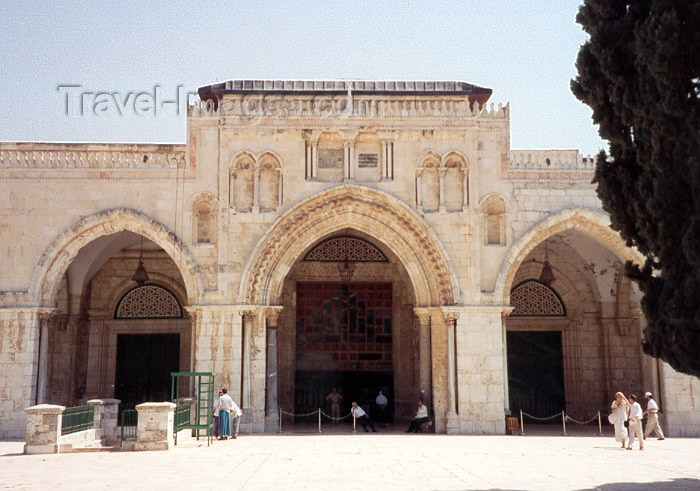israel12: Israel - Jerusalem: Al-Aksa mosque at the esplanade (photo by Miguel Torres) - (c) Travel-Images.com - Stock Photography agency - Image Bank