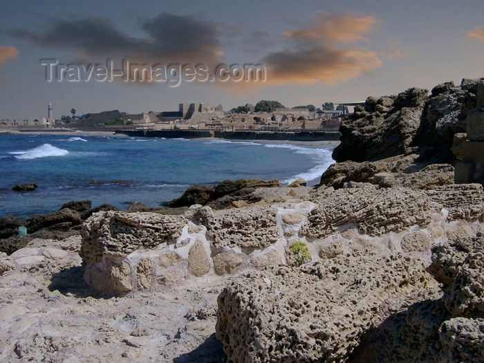 israel132: Israel - Qesarriya / Caesarea Maritima / Caesarea Palaestina: the bay and the old city - photo by Efi Keren - (c) Travel-Images.com - Stock Photography agency - Image Bank