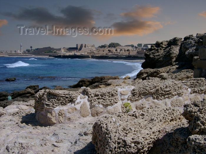 israel132: Israel - Qesarriya / Caesarea Maritima / Caesarea Palaestina: the bay and the old city - photo by Efi Keren - (c) Travel-Images.com - Stock Photography agency - Image Bank