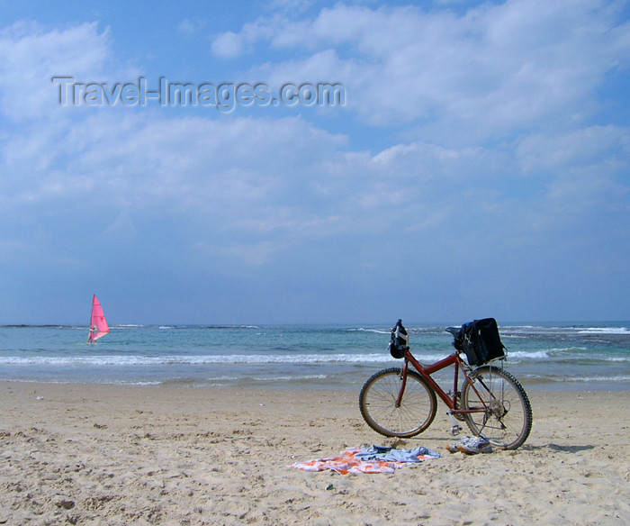 israel175: Israel - Kibbutz Sdot Yam: waiting for its master - bike on the beach - photo by Efi Keren - (c) Travel-Images.com - Stock Photography agency - Image Bank