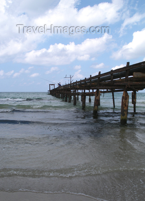 israel176: Israel - Kibbutz Sdot Yam: old pier - photo by Efi Keren - (c) Travel-Images.com - Stock Photography agency - Image Bank