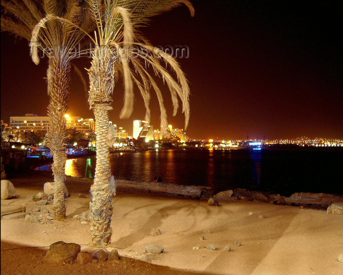 israel181: Israel - Eilat, South district: the bay on a hot summer night - photo by Efi Keren - (c) Travel-Images.com - Stock Photography agency - Image Bank