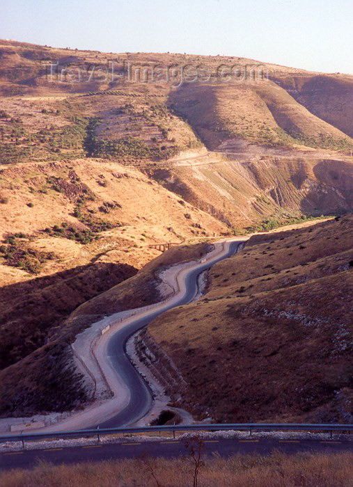 israel24: Israel - Golan Heights: road by the canyon - photo by M.Torres - (c) Travel-Images.com - Stock Photography agency - Image Bank