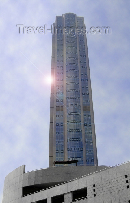 israel278: Israel - Ramat Gan: sun, glass and concrete - skyscraper - photo by Efi Keren - (c) Travel-Images.com - Stock Photography agency - Image Bank