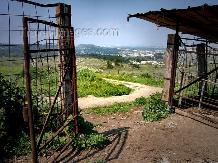 israel286: Israel - Neot Kdumim: step out to be free - old gate - photo by E.Keren - (c) Travel-Images.com - Stock Photography agency - Image Bank