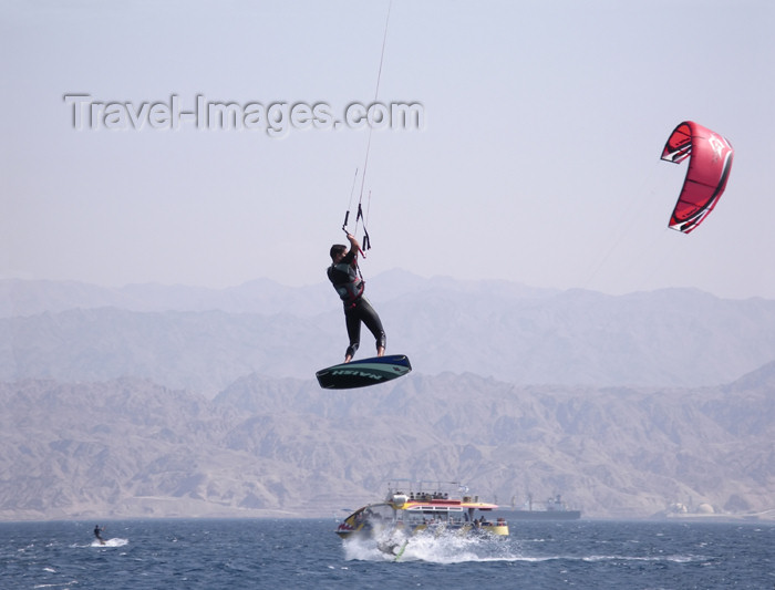 israel309: Israel - Eilat - kite surf - surfer in flight - water sports - photo by E.Keren - (c) Travel-Images.com - Stock Photography agency - Image Bank