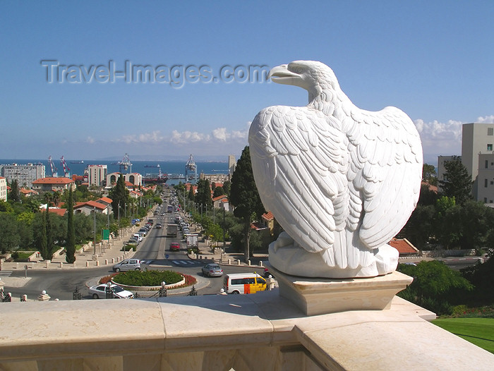 israel314: Haifa, Israel: stone eagle surveying the bay - Ben Gurion avenue - photo by E.Keren - (c) Travel-Images.com - Stock Photography agency - Image Bank