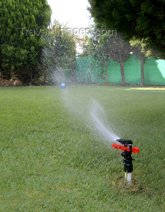 israel328: Israel - Sprinkler - photo by E.Keren - (c) Travel-Images.com - Stock Photography agency - Image Bank