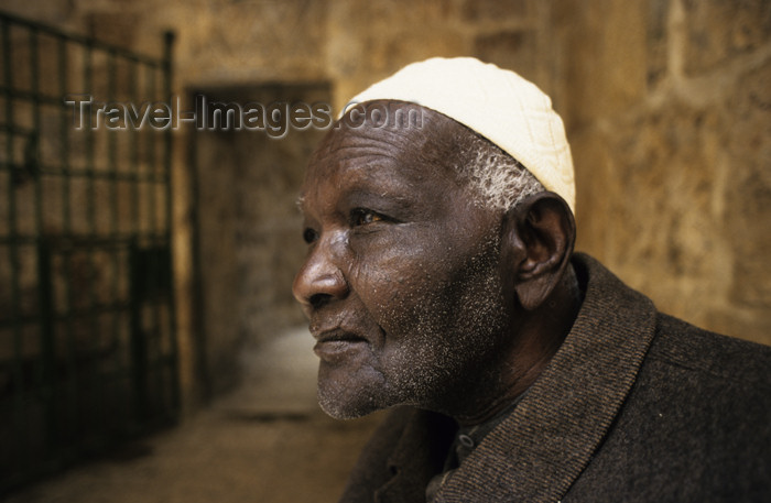 israel330: Israel - Jerusalem - African Jew with Kippah - elderly black Jew - photo by Walter G. Allgöwer - (c) Travel-Images.com - Stock Photography agency - Image Bank