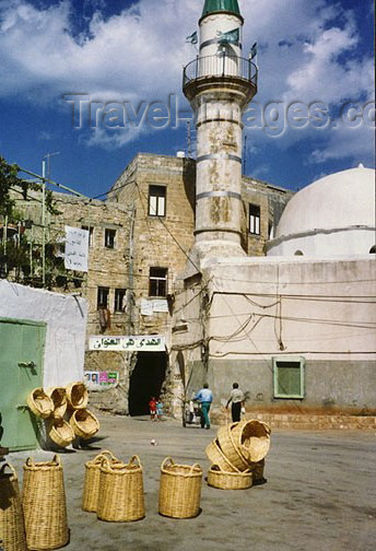 israel34: Israel - Acre: baskets and minaret in old  - photo by G.Frysinger - (c) Travel-Images.com - Stock Photography agency - Image Bank