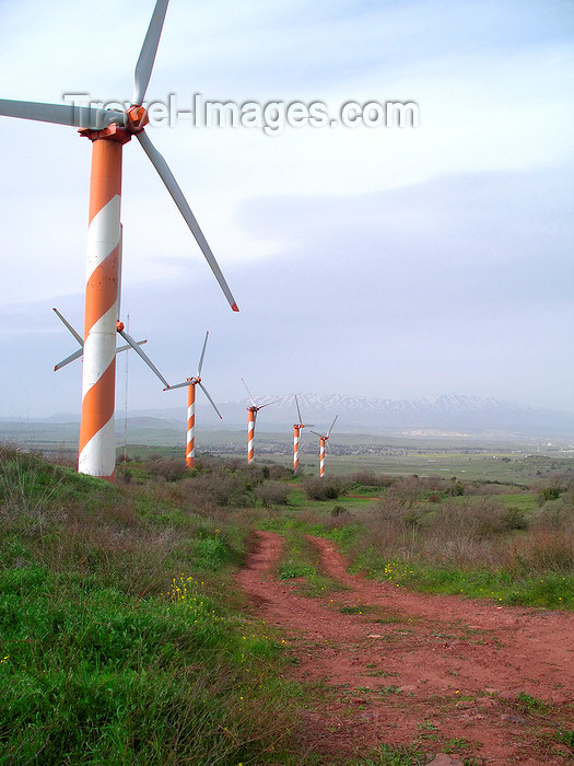 israel352: Golan Heights, Israel: wind turbines - wind power units - WPU - photo by E.Keren - (c) Travel-Images.com - Stock Photography agency - Image Bank