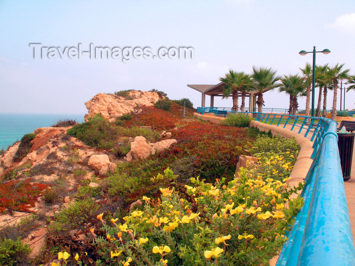 israel355: Netanya, Center district, Israel: by the sea - photo by E.Keren - (c) Travel-Images.com - Stock Photography agency - Image Bank