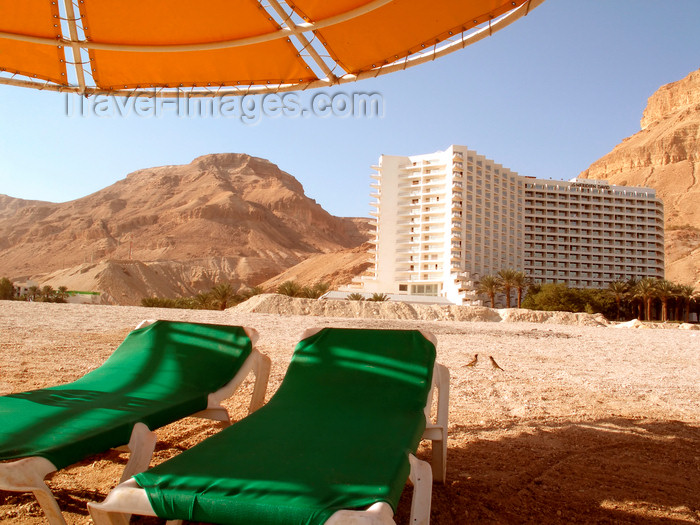 israel367: Dead sea - Ein Bokek, Israel: beach chairs at the Hotel Meridien - photo by E.Keren - (c) Travel-Images.com - Stock Photography agency - Image Bank