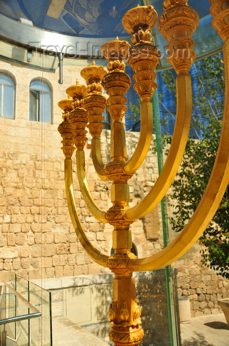 israel470: Jerusalem, Israel: golden menorah intended for the third Temple - Cardo Maximus - created by the Jerusalem Temple Institute - Jewish quarter - photo by M.Torres - (c) Travel-Images.com - Stock Photography agency - Image Bank