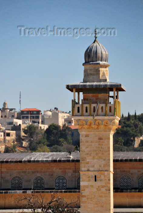 israel475: Jerusalem / al-Quds, Israel: al-Fakhariyya Minaret, Al-Aqsa mosque complex - built in 1278 on the southwestern corner of Temple Mount by the Mamluk sultan Lajin - muqarnas decorate the muezzin's balcony - Esplanade of the Mosques - Haram el-Sherif - photo by M.Torres - (c) Travel-Images.com - Stock Photography agency - Image Bank