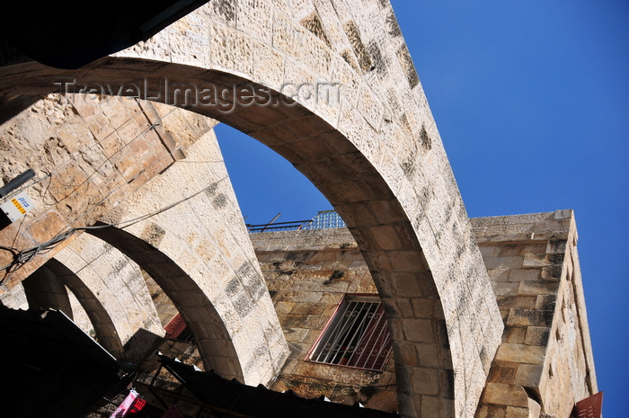 israel478: Jerusalem, Israel: stone masonry arches on El Wad Ha Gai street - used as butresses on this narrow street in the Muslim Quarter - photo by M.Torres - (c) Travel-Images.com - Stock Photography agency - Image Bank