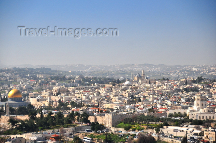 israel483: Jerusalem, Israel: old city as seen from Mount Scopus - Jerusalem walls and Dome of the Rock - photo by M.Torres - (c) Travel-Images.com - Stock Photography agency - Image Bank