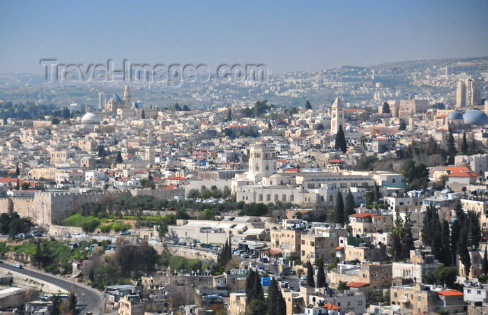 israel484: Jerusalem, Israel: Rockefeller Archaeological Museum (architect Austen Harrison), old city and north wall as seen from Mount Scopus - photo by M.Torres - (c) Travel-Images.com - Stock Photography agency - Image Bank